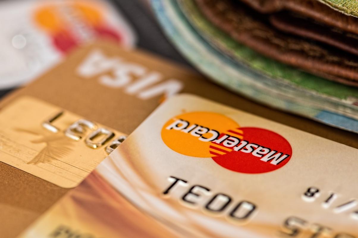 Как сделать зарплатную карту кредитной